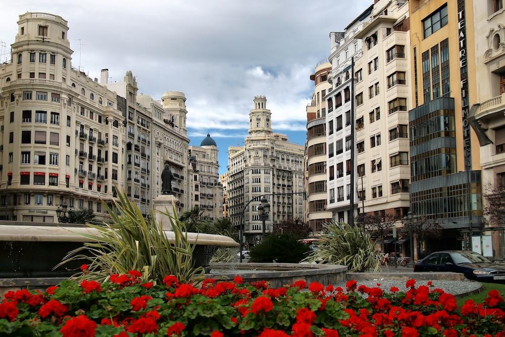 Bienes raíces en España pros y contras