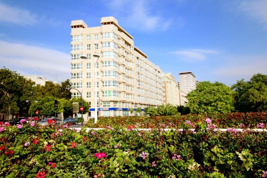 comprar edificio valencia pineda luxury inmobiliaria