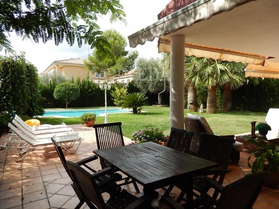 pineda luxury inmobiliaria alfinach chalets villas apartamentos valencia